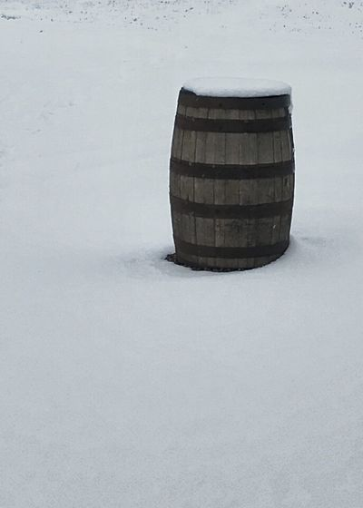 Barrel in the snow. Barrel Snow Wine Cask Wood - Material Cellar Day Snow Blanket Vertical Stark Slats Upright Limited Palette