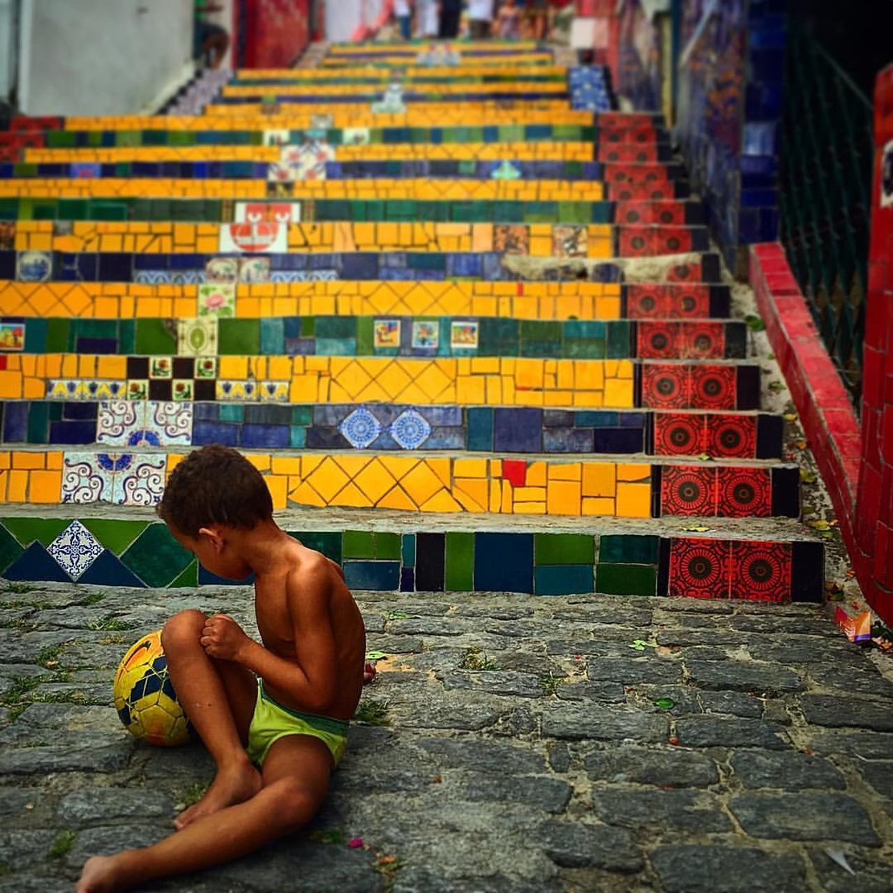 ֹ🏆 Fotografia vencedora do CONCURSO NACIONAL NOVOS FOTÓGRAFOS PRÊMIO URBS 2016/ Winning photograph NATIONAL CONTEST YOUNG PHOTOGRAPHERS - PRIZE URBS 2016 Hidden Gems  Colour Of Life Colors Colorful Streetphotography Street Streetphoto