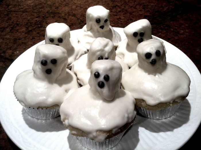 ghost cupcakes Ghost Cupcakes