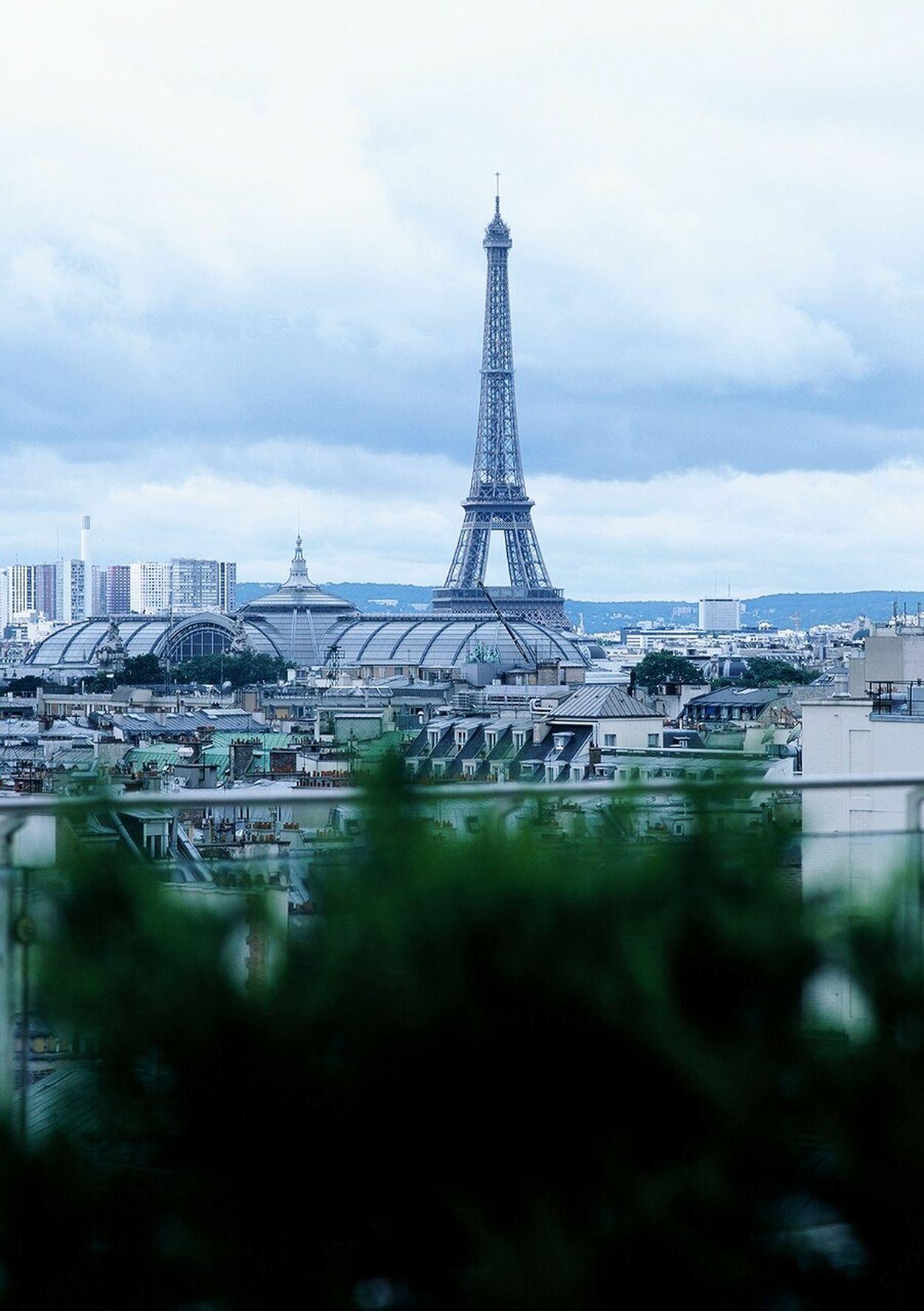 Paris_پاريس