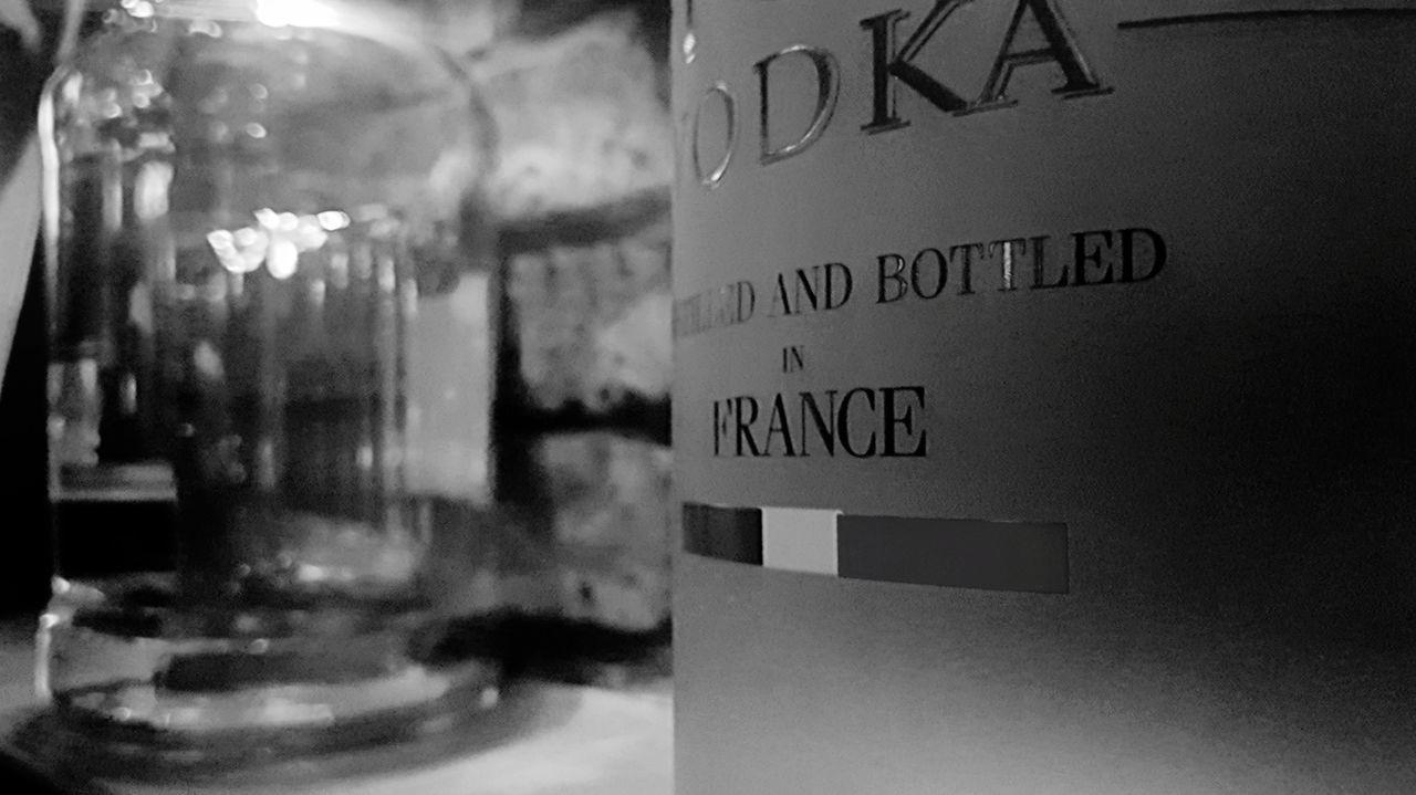 小酒馆 Wine Wineglass No People Night Indoors  Glass Wine Not EyeEmNewHere EyeEm Selects Vodka🍹 Vodka Vodka Indoors