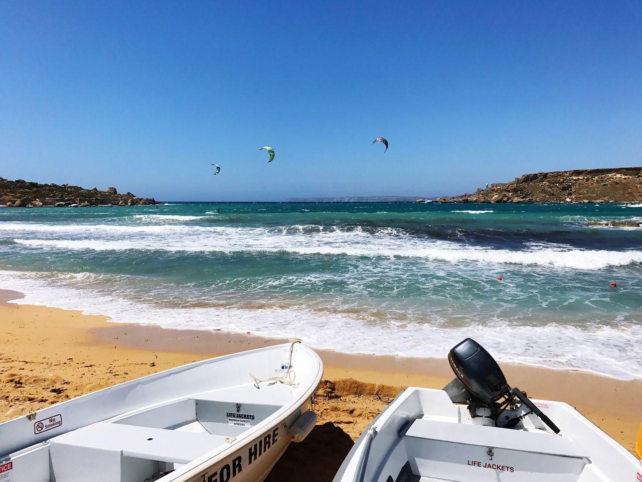 Gnejnabay Beach Boats Sea Sand Clear Sky Kitesurfing Sun Waves Water Malta ☀️🚤🇲🇹