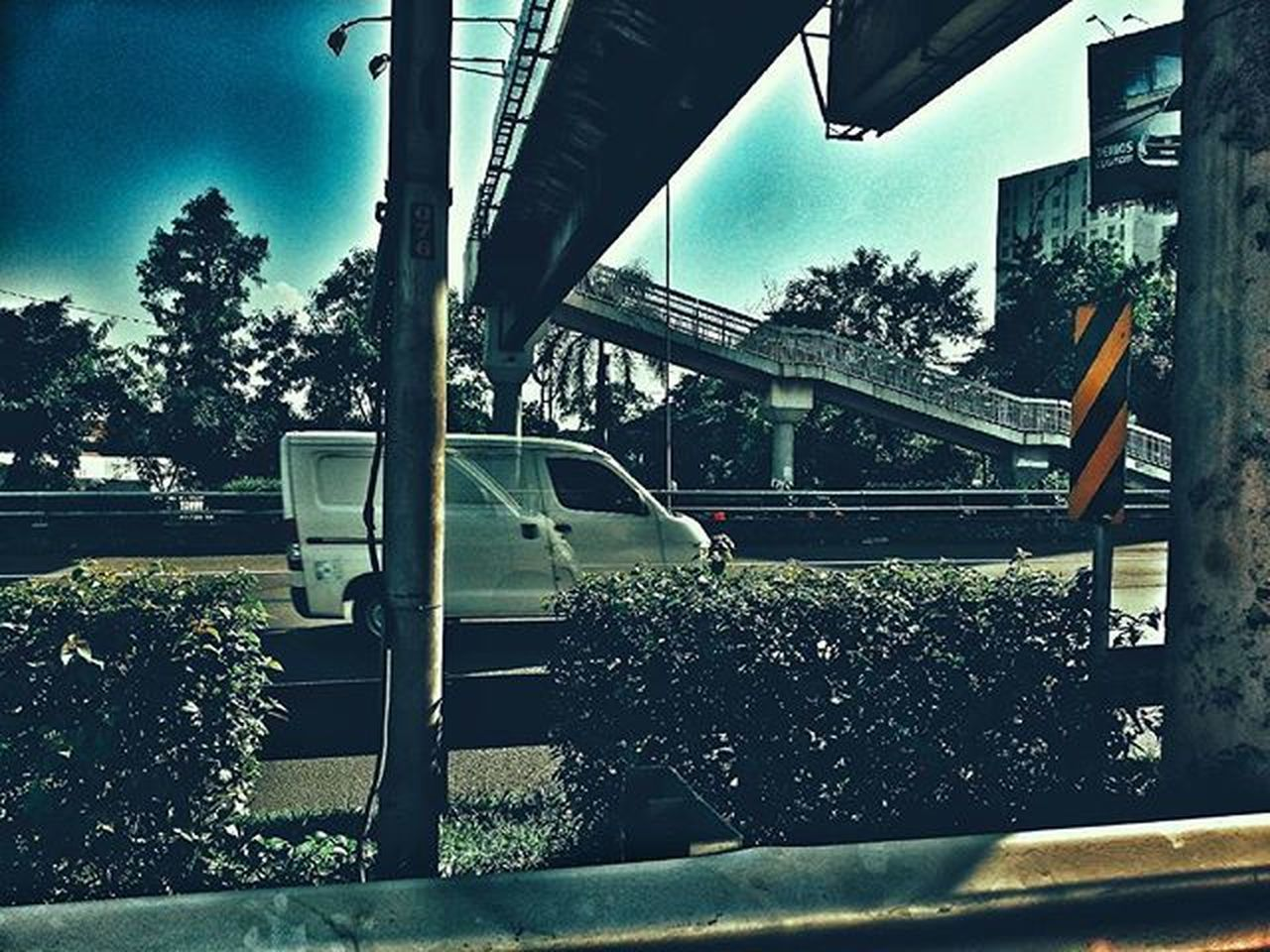 Terkadang nekat itu perlu tetapi tetap dengan perhitungan yang matang .. Streetphotography Streetdreamsmag StreetActivity StreetArtEverywhere Streetaction Vscostreet Vscostreets Vscostreetart Street Art Street Photography Street_series Street Art UrbanART Urbanexploration Urbanoutfitters Urbanstreet Urbanstreetart