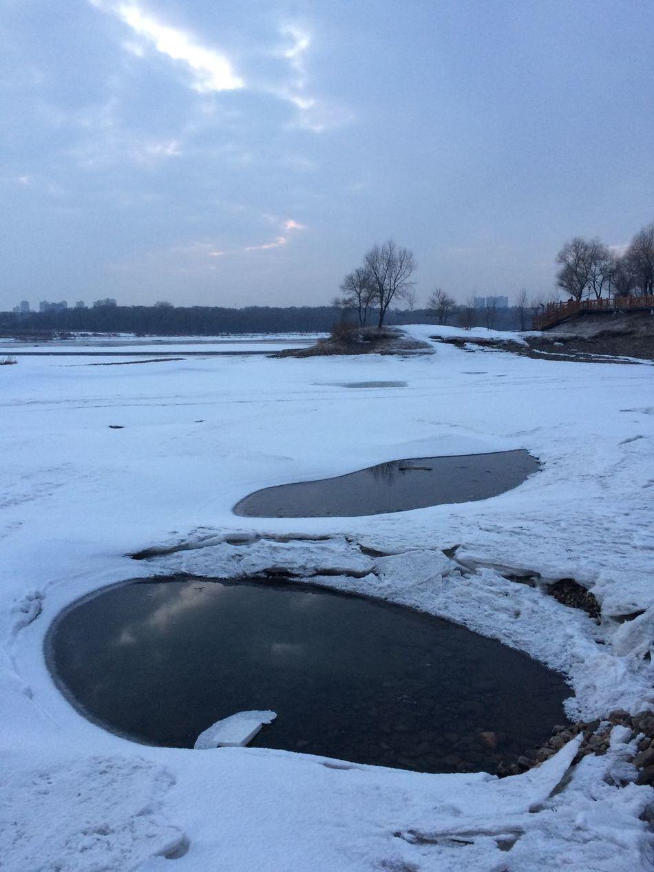 即将开化的江面The savage River Winter Snow Nature Ice Weather Beauty In Nature Sky Scenics Outdoors