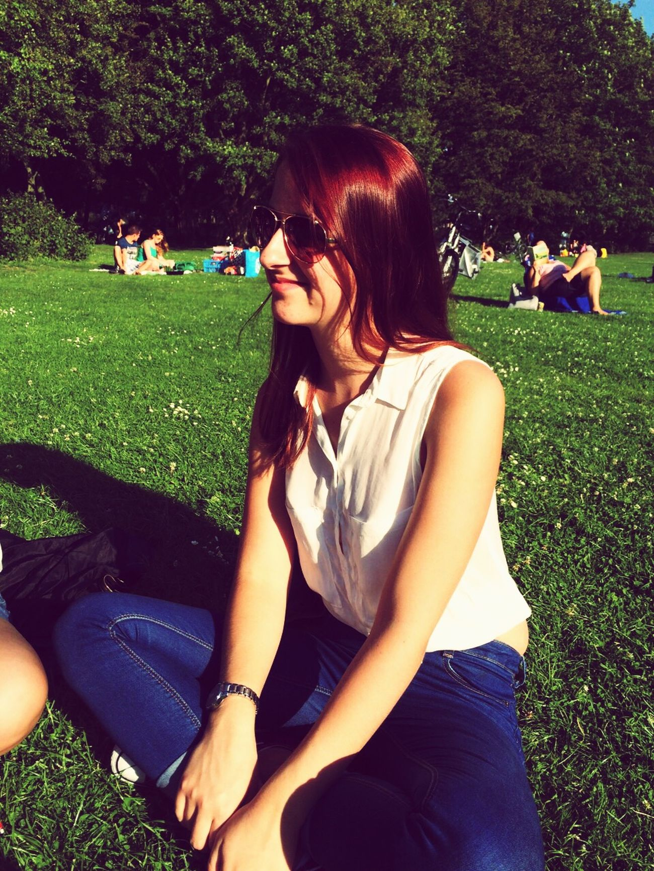 Enjoying The Sun Beautiful Day Hanging Out With Friends My Younger Sister Red Hair Rotterdam Vroesenpark