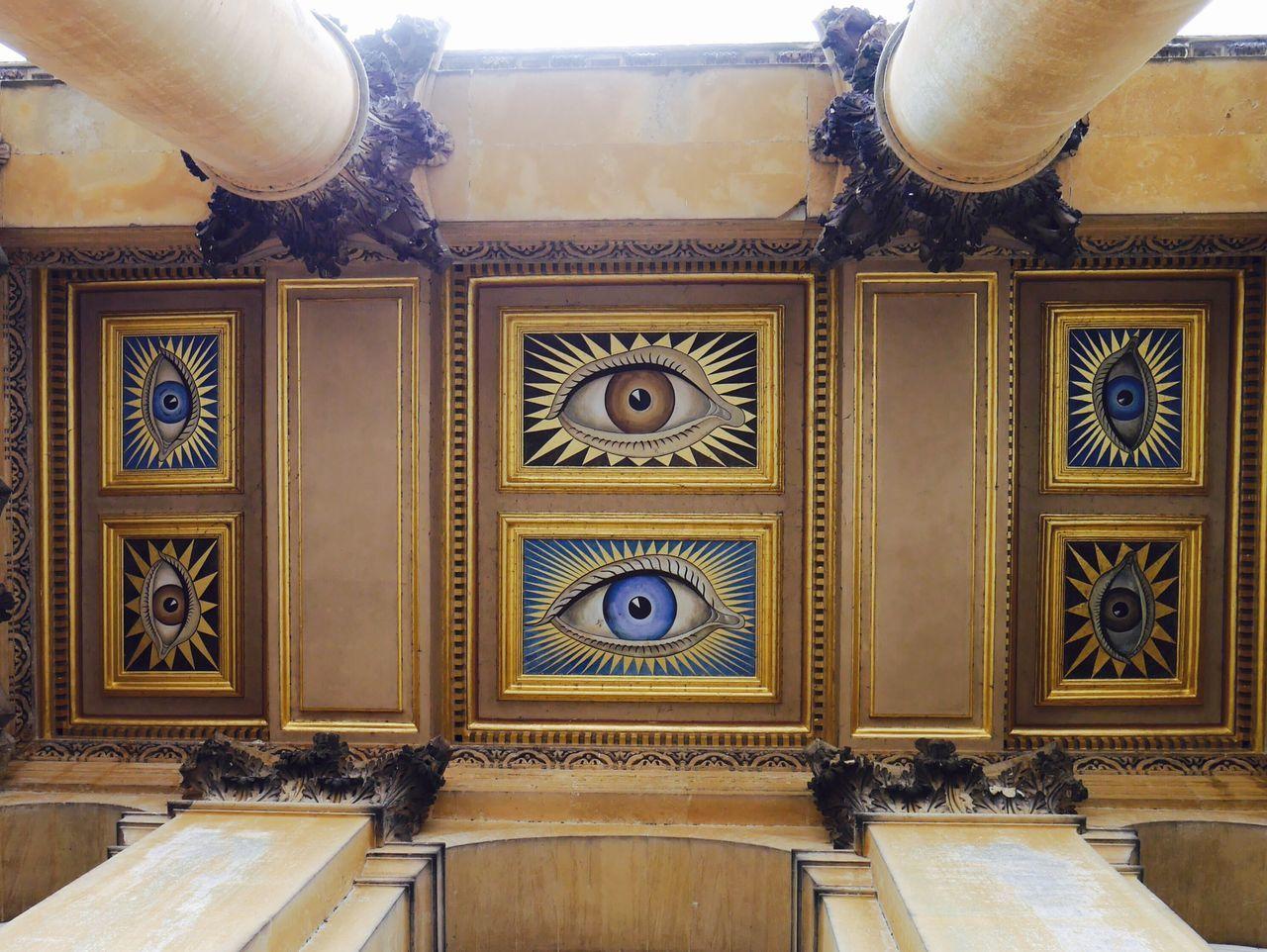 London Lifestyle Ceiling Big Eyes Bigbrotheriswatchingyou England Traveling Architecture Blenheimpalace Watching Mural