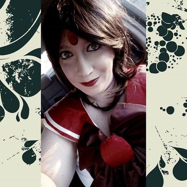 I absolutely love this whole Sailor Mars thing! SailorMars Sailormarscosplay Plussizecosplay Plussize lipstick halloween loveit reihino reihinocosplay