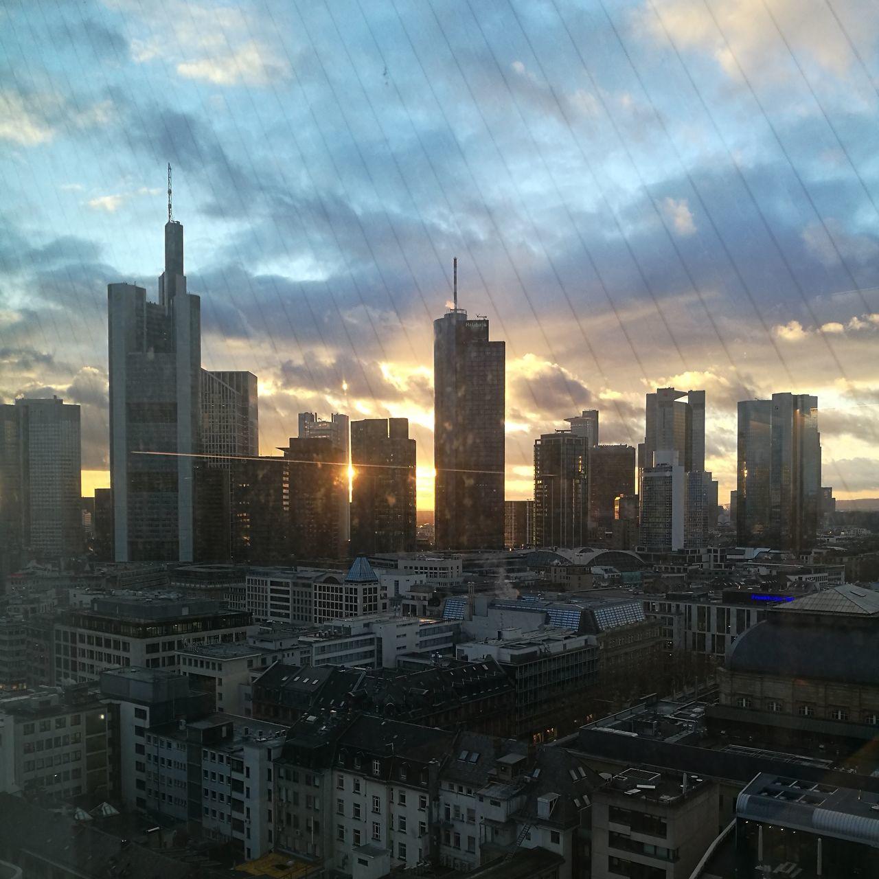 The beautiful skyline of Frankfurt am Main Skyscraper City Sunset Nextower Officeview Frankfurt Am Main Frankfurt