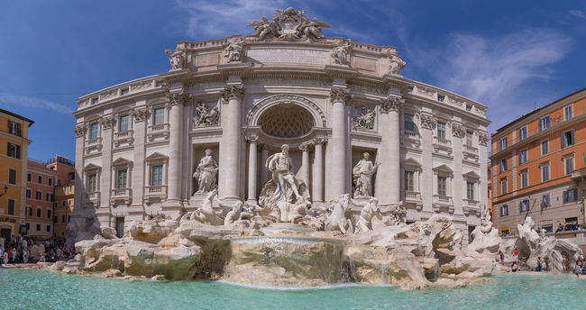 Fontana di Trevi, Rome. Handheld pano on canon 5d mark iv Blue Sky Canon 5d Mark Iv Canonphotography Classical Colours Fontana Fontana Di Trevi Fountain Marble Neptune Panorama Panoramic Roma Rome Statue Tourism Tourist Attraction  Water Water_collection
