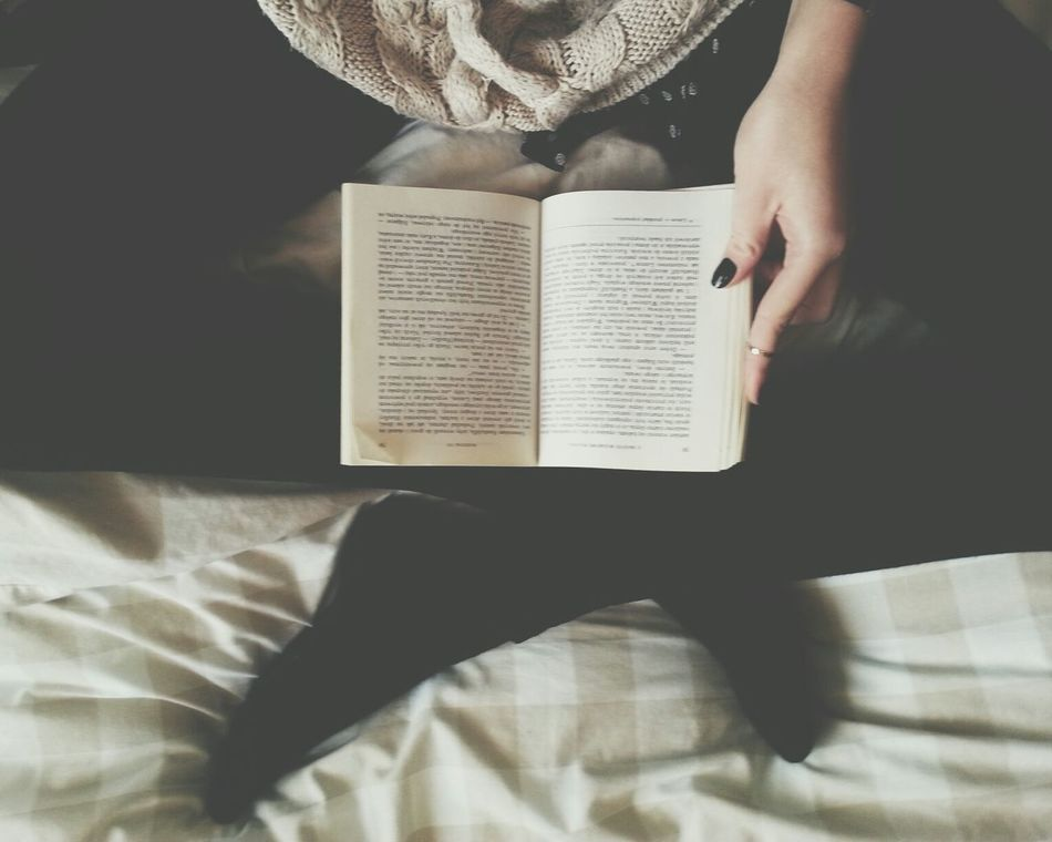 Beautiful stock photos of library, Bed, Book, Directly Above, Hobbies