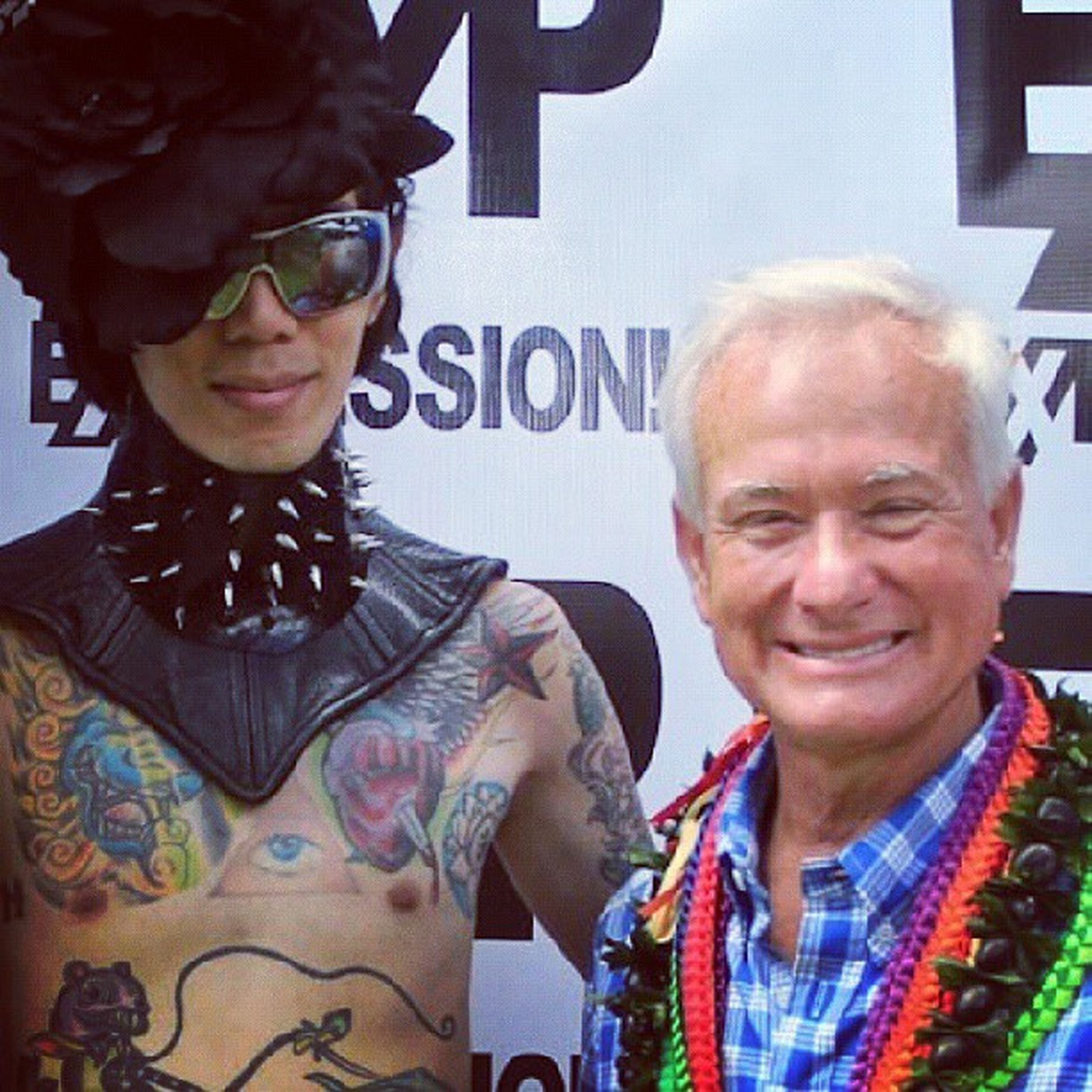 It was great to see so many people that day check out expression808.com to see your photos from pride day part one, part two should be up shortly.;) HonoluluMayor Expression_magazine Prideday Melting nobreaksandlovingit prancersizing newfriends