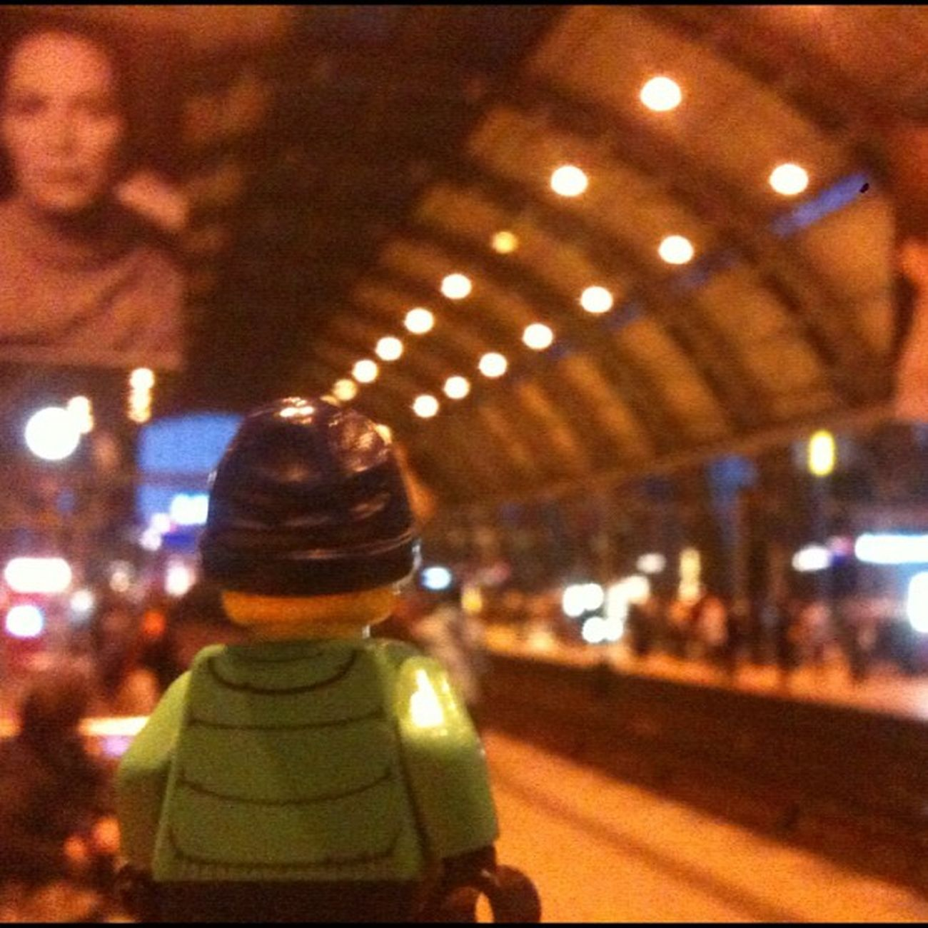 Bahnhof Alexanderplatz, ESPRIT Berlin Alexanderplatz Travel Berlintourist LEGO Trainstation Esprit Fashion Model