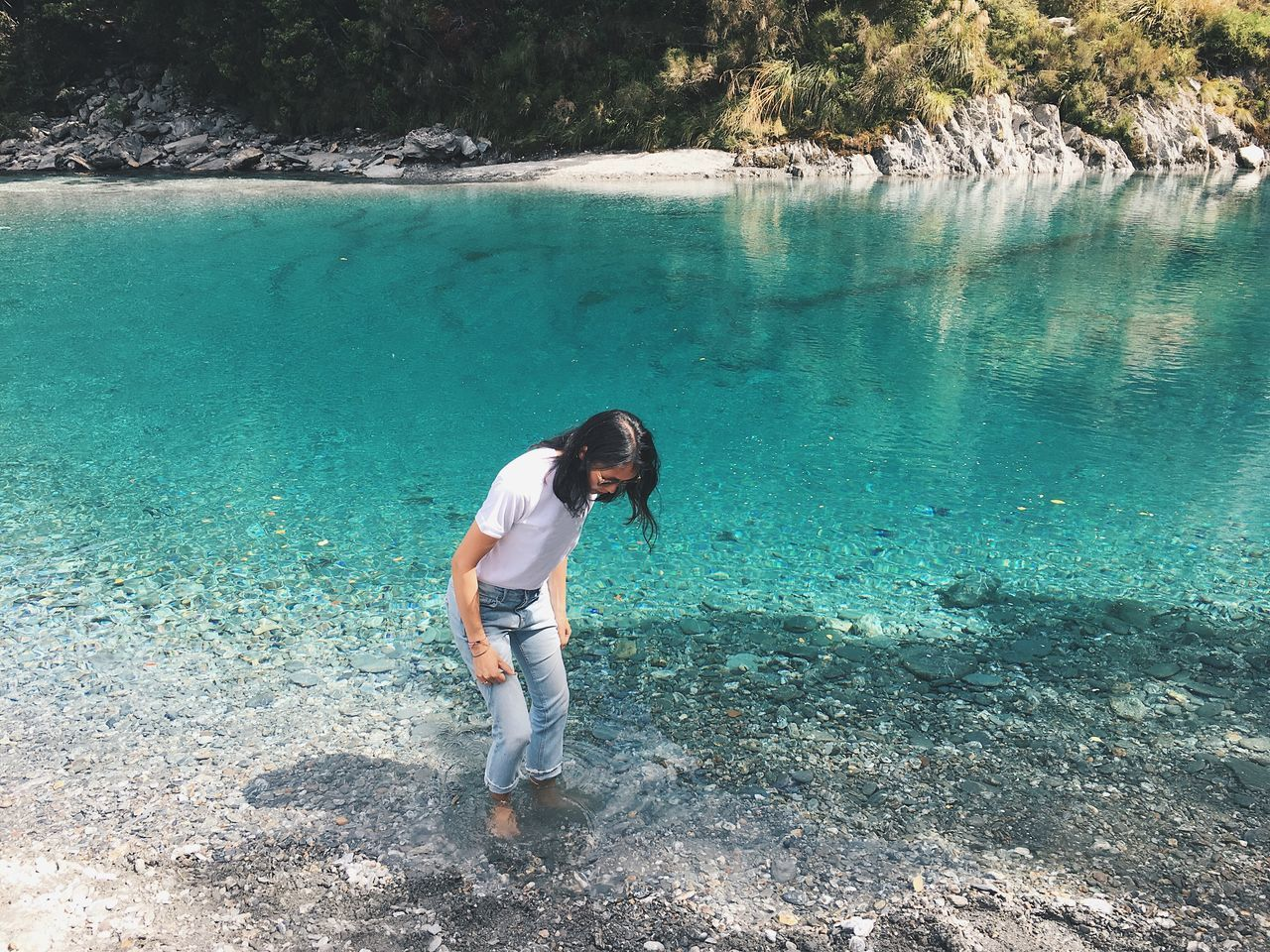 Blue Water One Woman Only Outdoors Vacations Nature Standing New Zealand Wanaka