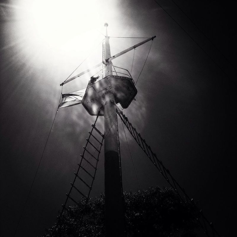 streetphotography blackandwhite AMPt_community Turn your lights down low by Bruno Sanchez