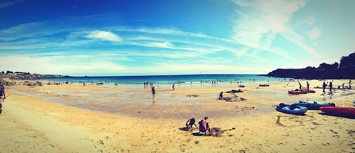 Prendre sa dose de soleil! Beach Sand Sea Horizon Over Water Shore Sky Nature Water Vacations Beauty In Nature Scenics Outdoors Real People Leisure Activity Large Group Of People Day Tranquil Scene Tranquility Cloud - Sky Summer Ile D'Yeu Vendée