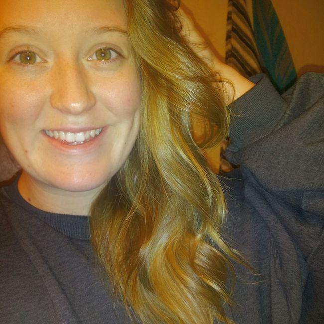 Anybody awake? Relaxing Taking Photos Blonde Hair Dnt Care !! Beautiful ♥
