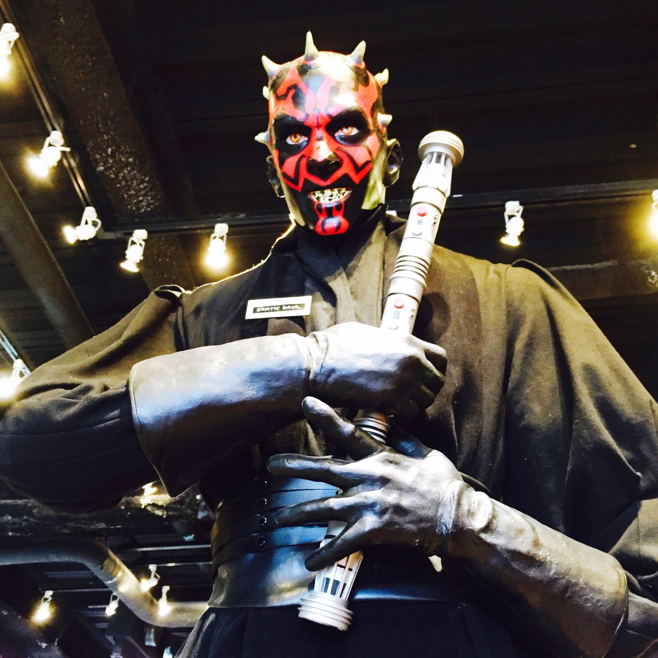 "Met ""Darth Maul""!! Can't wait episode 7? Streetphotography Taking Photos Cool Street Art Star Wars Darth Maul Movies Excited"