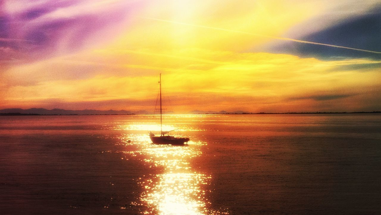 Sunset Orange Color Water Dramatic Sky Sea Beauty In Nature Nature Romantic Sky Sky No People Outdoors Scenics Sun Tranquil Scene Silhouette Horizon Over Water Landscape Day Dramatic Sky Travel Destinations Tranquility Silhouette Beauty In Nature Nature Multi Colored