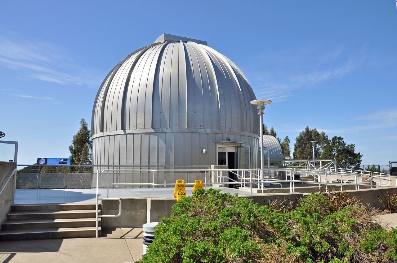 Chabot Space and Science Center 2 Chabot Observatory Oakland, Ca. Astronomy Science Museum Has 3 Powerful Telescopes Public Observatory Since 1883 Digital Planetarium Megadome Theater The Dome This Is Oakland's 3rd Observatory Opened 2000 In The Oakland Hills 13 Acre Site 86,900 Square Ft State-of-the-art Science & Technology Education Facility Solar Clock Interactive Exhibits Partnered With Smithsonian Affiliations Program Eastbay Regional Park District Oakland Unified School District 1st Observatory Was In Downtown Oakland 1883-1914 Architecture Architecture_collection Architectural Detail