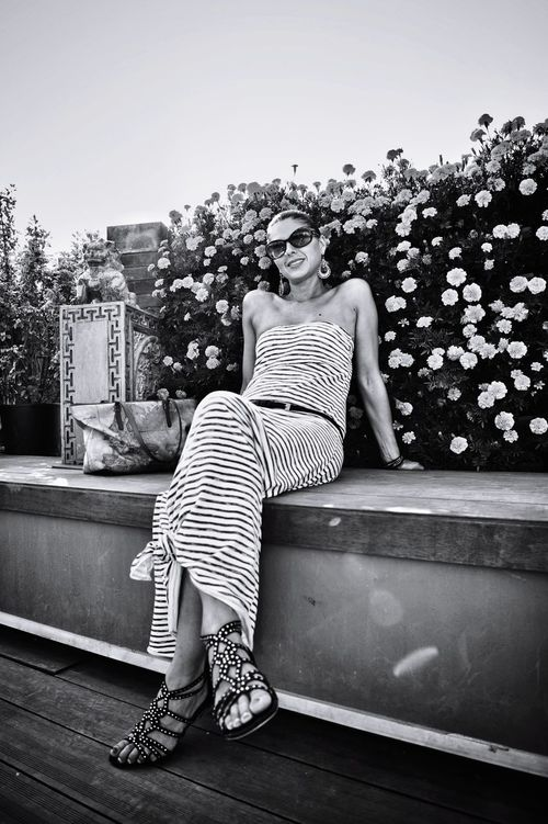 The striped dress Striped One Person One Woman Only Only Women One Young Woman Only Sitting Happiness Young Women Woman Beautifull Girl Nice Woman Pretty Woman Woman Portrait Beautiful Woman Pretty Girl Nice Girl Beautiful People Bkack & White Black And White Smile Smiling Sandals Sandal Shoes Connected By Travel EyeEmNewHere Second Acts