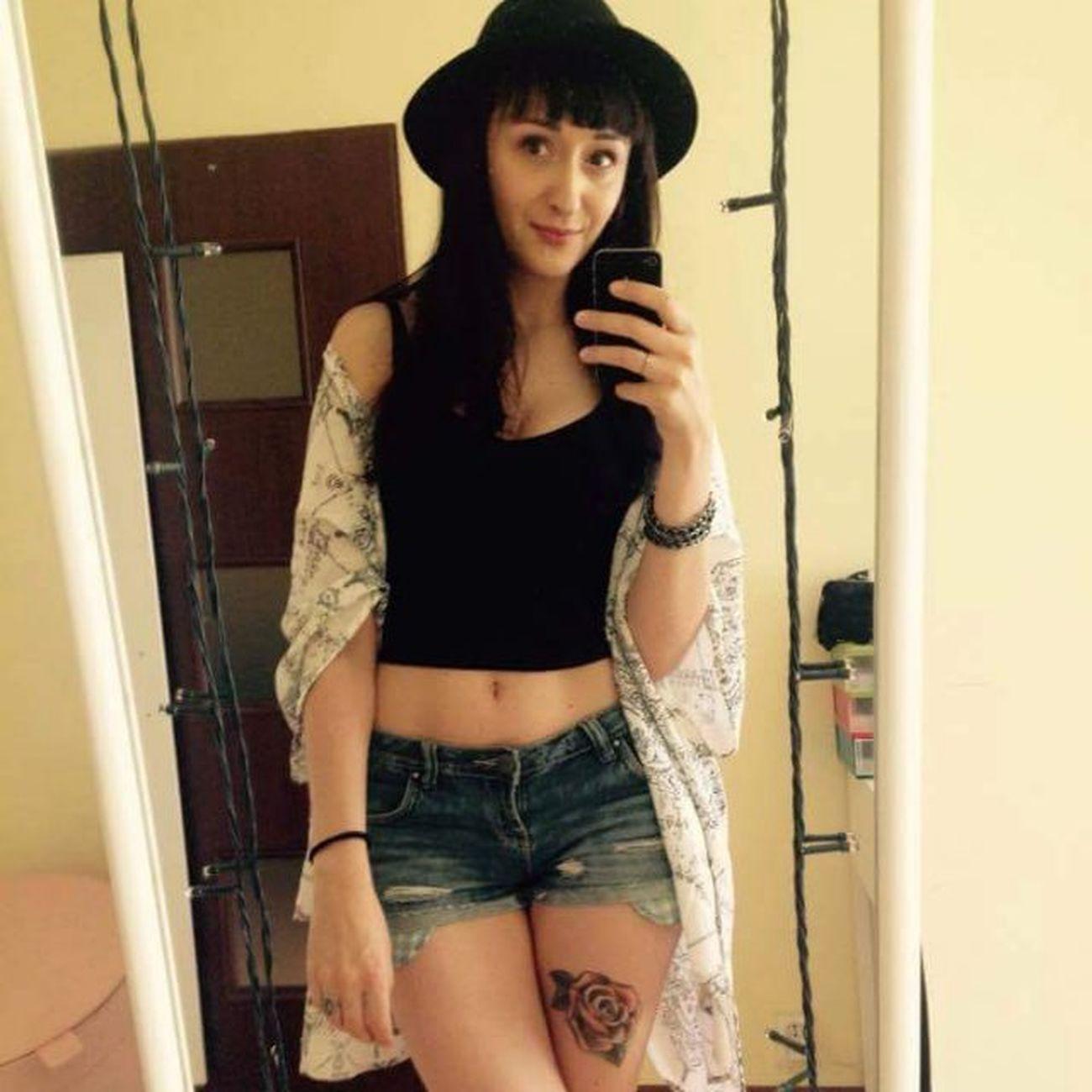 Aby do wakacji! Polishgirl Warszawa  Girl Brunette Tatuaż Tattoo Natolin Selfie Me Panigosiamaluje Makeup Makeupartist Belly Shorts