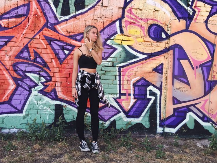 Taking Photos Good Times Enjoying Life Shooting ThatsMe Blonde Girl Berlin Traveling Graffiti 💎