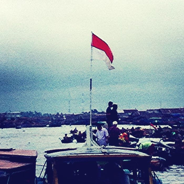 Indonesian flag !! Merdeka \(´▽`)/