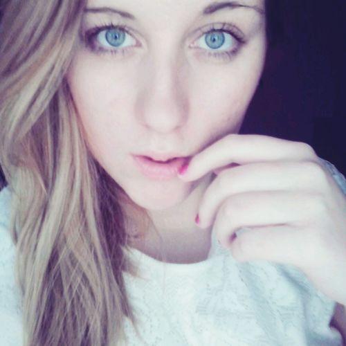 Selfie Beauty Girl