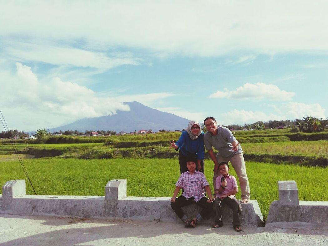 I'll be missing you, Bukittinggi... hometown memories bukittinggi bukittinggi city GunungSinggalang familytime Familytime👪👧👨👩
