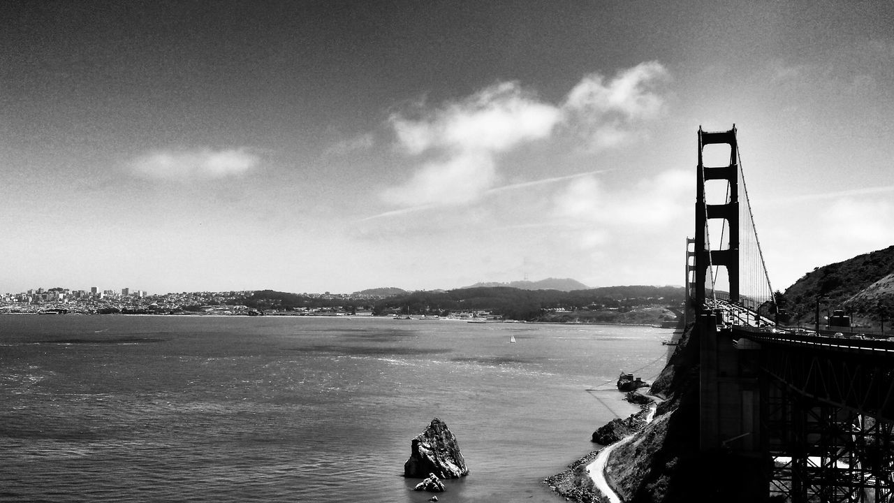Golden Gate Bridge San FranciscoSkyline Fortheloveofblackandwhite Dark Photography Black And White EyeEm Traveling Ladyphotographerofthemonth What A View