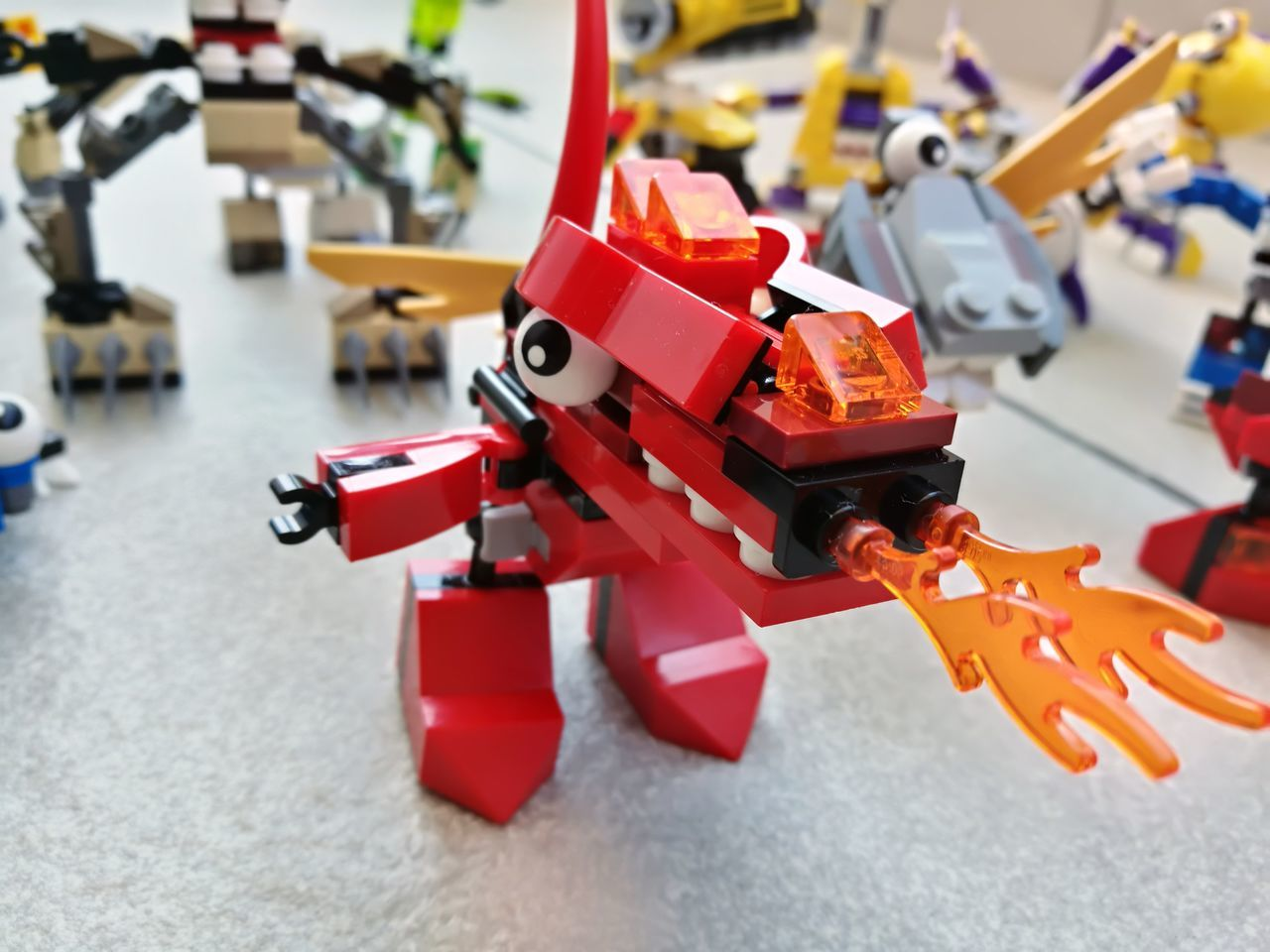 Red Legofan Lego Art LEGO Legophotography Focus On Foreground Robot Plastic Model - Object dragon Gragonfly Fire