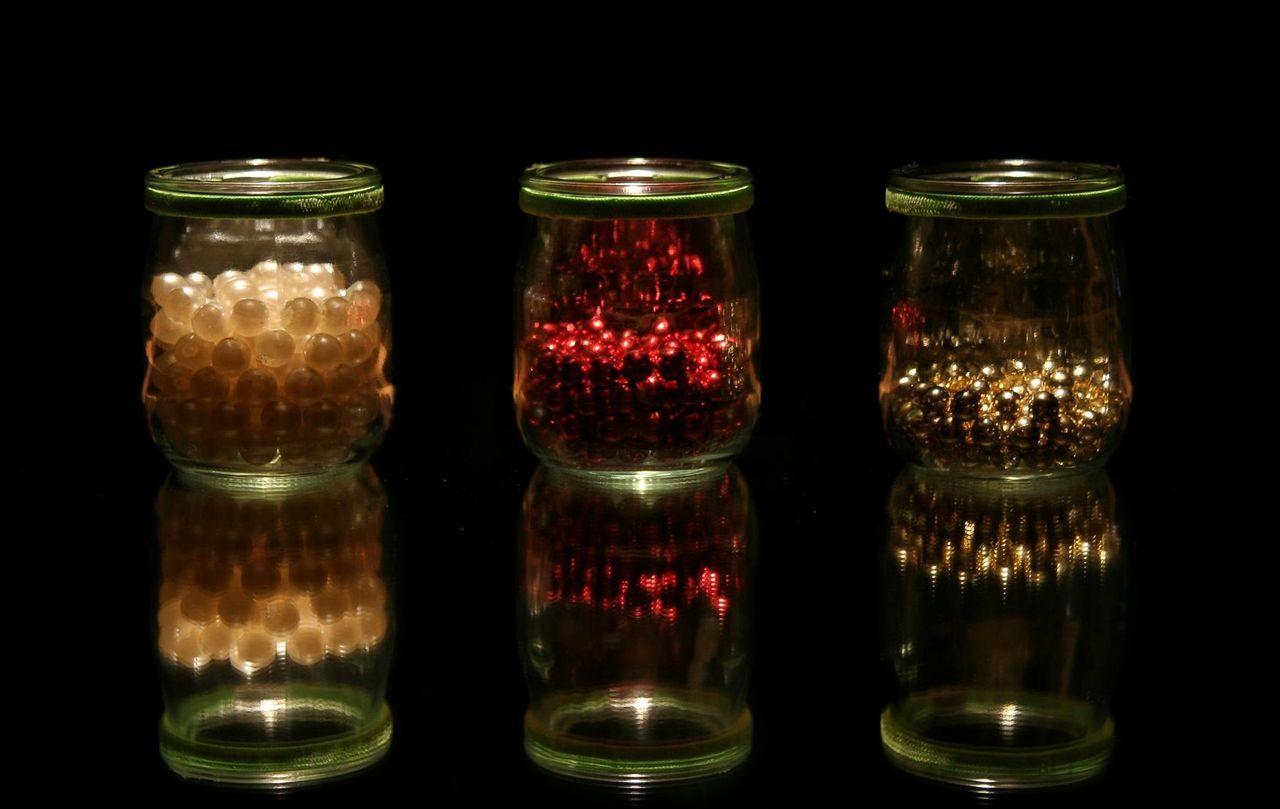 3 Jars  Beads Gold Red Beautifully Organized Close-up No People EyeEmBestPics EyeEm Best Shots Lights And Reflection