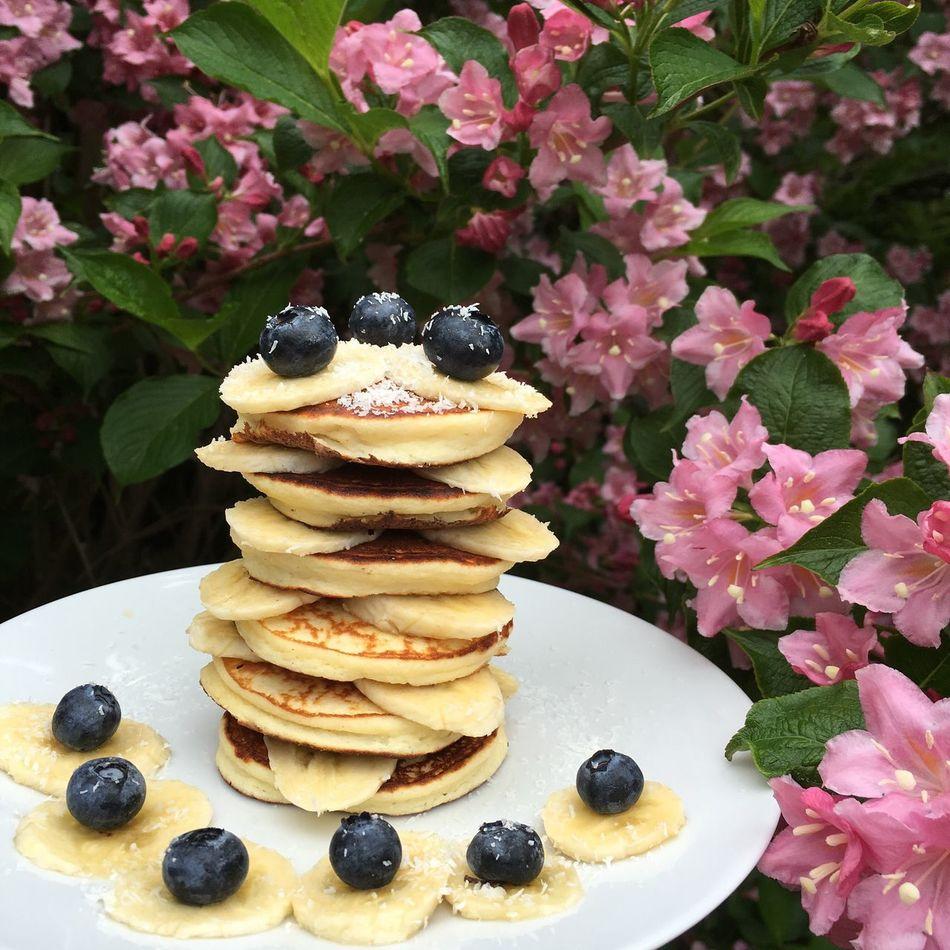 Sehr leckeres Sonntag Frühstück, Whey-Kokosmehl Pfannkuchen mit Bananen und Blaubeeren ☺️☺️ gesundleben, nFrühstück! !Pfannkuchen Pancakes