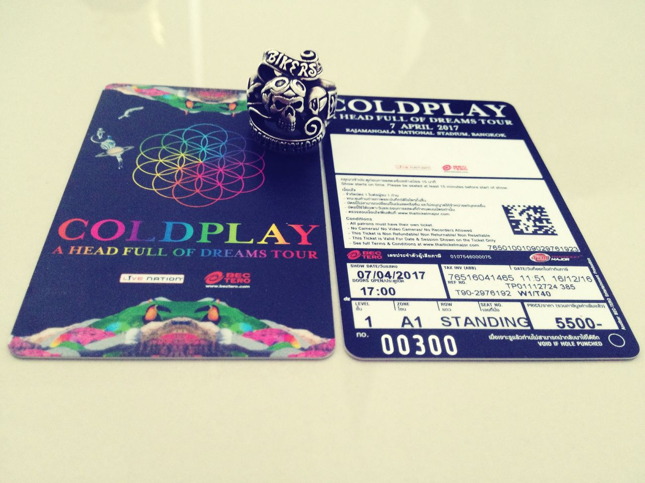 Let's Go Hanging Out Creative People Enjoying Life Coldplay Concert  Hello World Bangkok Coldplay Nikmat Tuhan Manakah Yang Kau Dustakan Happy People Family First