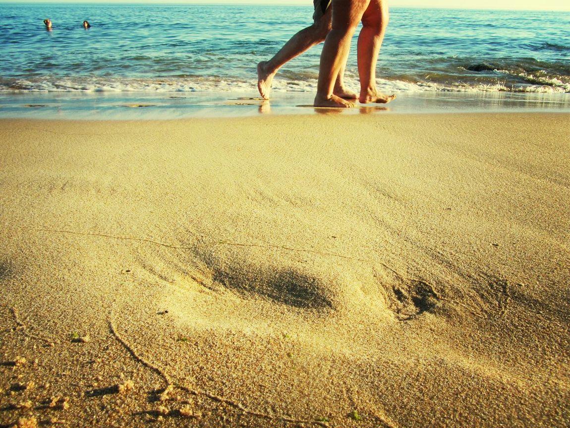 Walking on the beach :-) Eyeem Beach Shots Beach Photography Eye For Photography I LOVE PHOTOGRAPHY