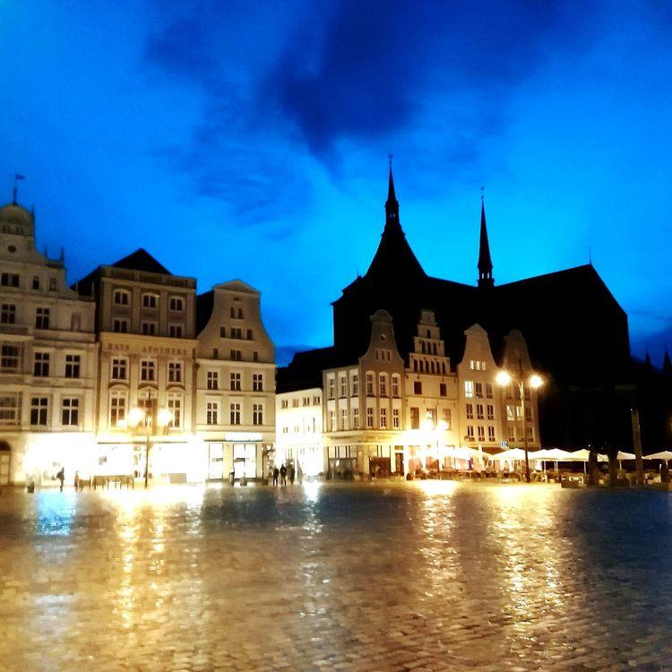 After Rain Rostock Neuer Markt Night City Travel Destinations