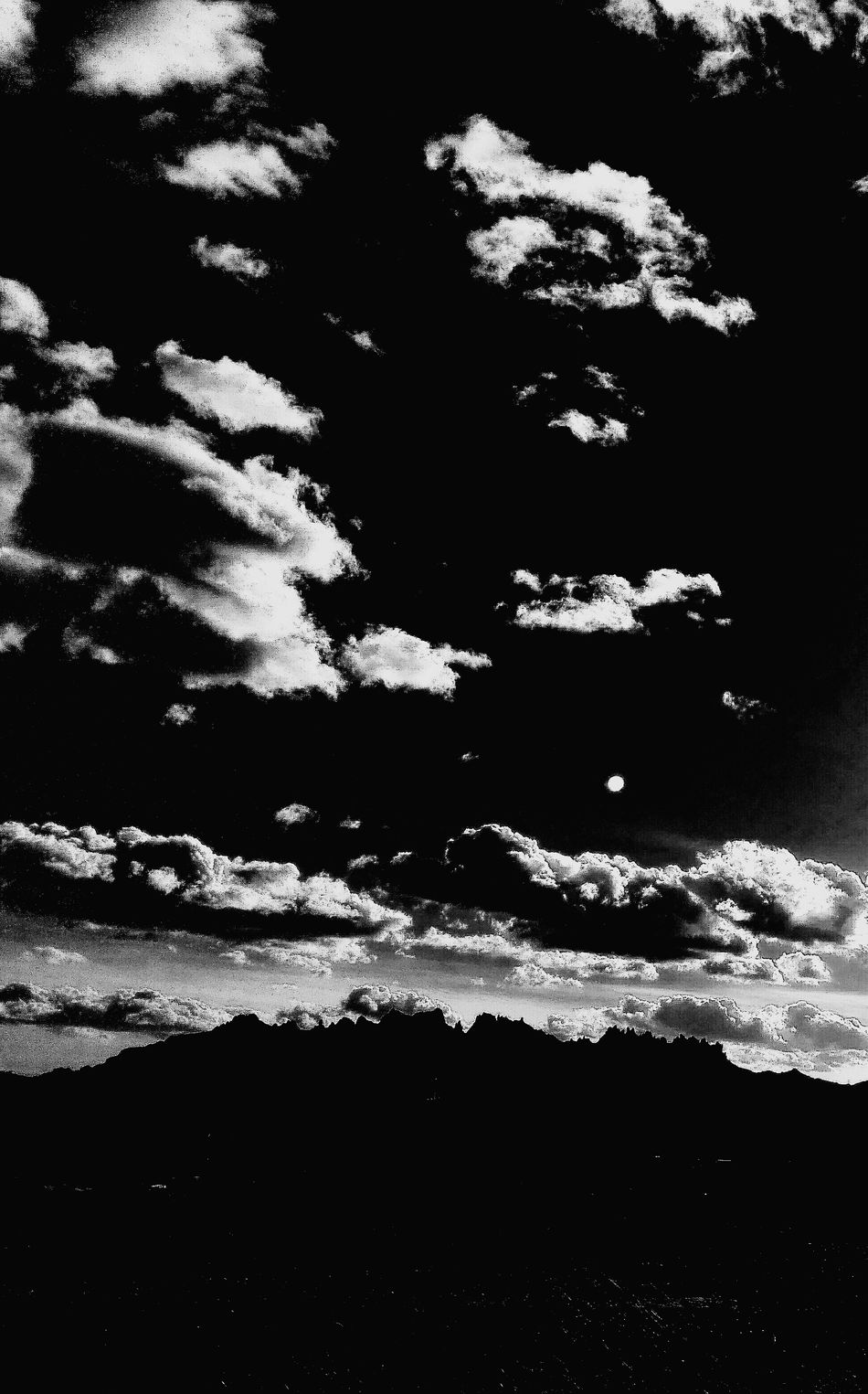 Power Powerful Power In Nature Sky_collection Skyline Skylovers Montserrat Montserrat Al Fons Montserrat Montanya Clouds Clouds And Sky Blackandwhite Black & White Blue Sky Showcase: January Lucy In The Sky With Diamonds