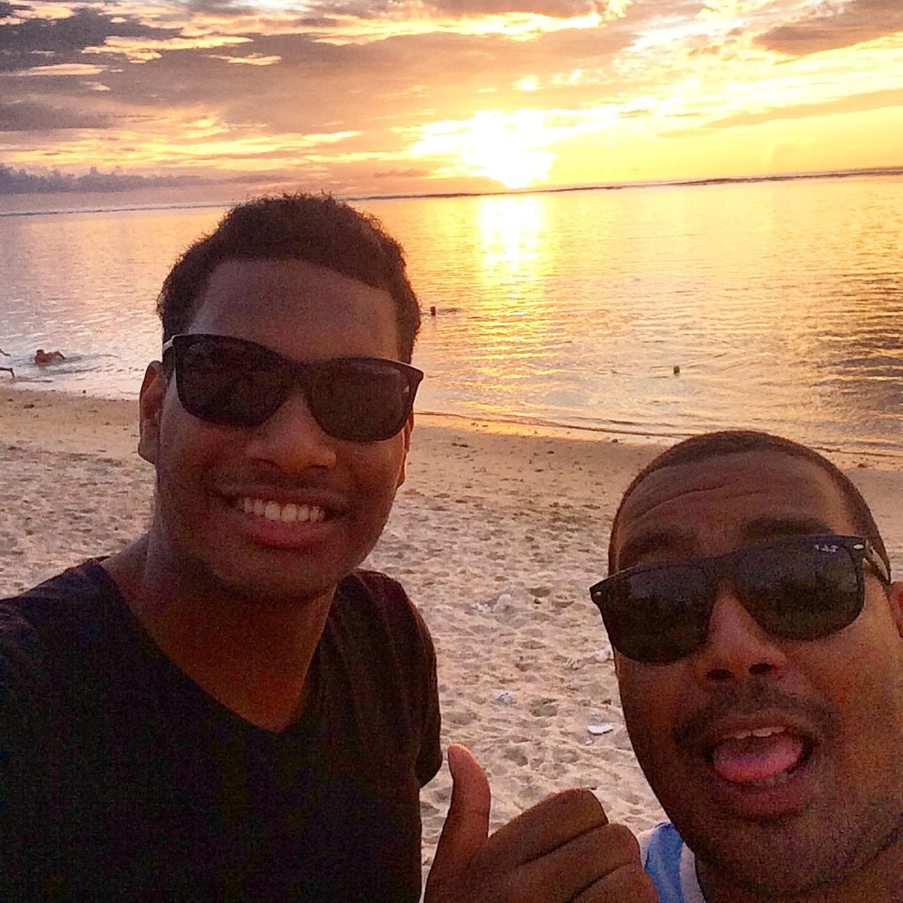 Sunset with my homie !! Sunset Reunion Island Saintgilles