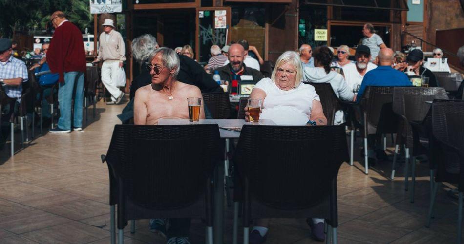 Benidorm English Streetphotography Couple Love Beer Family Martin Parr