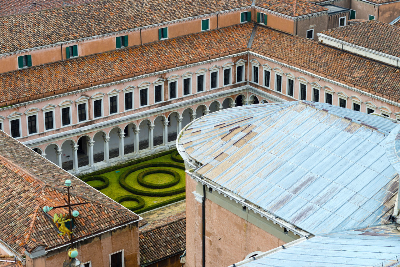 Arch Architecture Architecture Brick Wall Building Exterior Built Structure City Cloister Close-up Day Laguna No People Outdoors San Giorgio Maggiore San Giorgio Maggiore San Giorgio Maggiore Island Sculpture Travel Destinations Venice, Italy