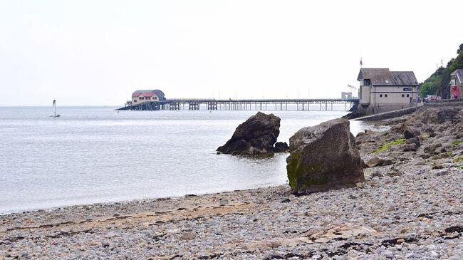 Taking Photos Seaside Photography Slipway. Pier Rocks Pebbles Nikon D5500