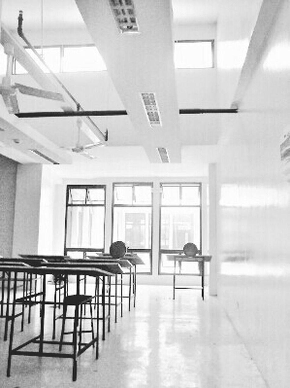 040815 Architecture Student Classroom