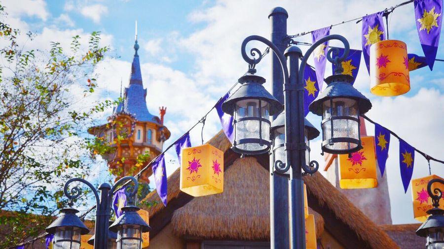 I love the place of Tangled world in magic kingdom ☀️💜 DisneyWorld Walt Disney World Florida Orlando Florida EyeEm Eyeemphotography Nikonphotography Nikon Nikon D750 Sky Rapunzel Rapunzel's Tower Tangled Magickingdom