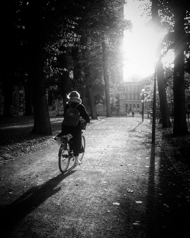 Bicycle Cycling Blackandwhite Darkness And Light Bw_collection Shootermag Street Photography EyeEm Best Shots - Black + White Streetphoto_bw CyclingUnites