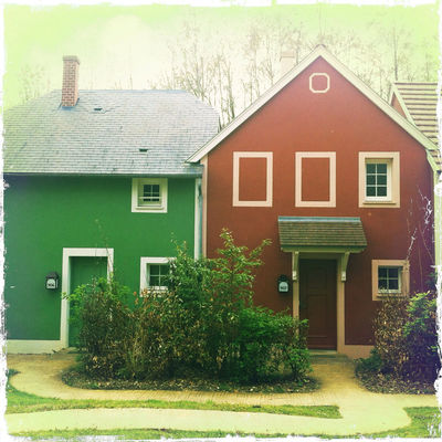 Colors by Hipsta.Shake.Façades