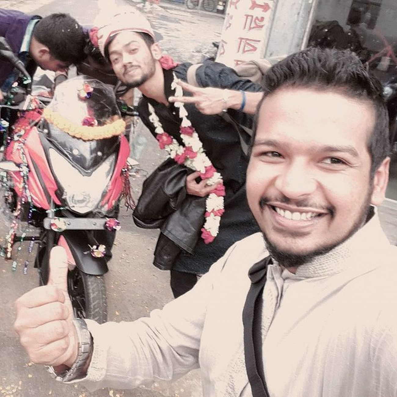 Just a funny click... Fun Funny Withfriend Bajajpulsar Pulsar150as Pulsar ...