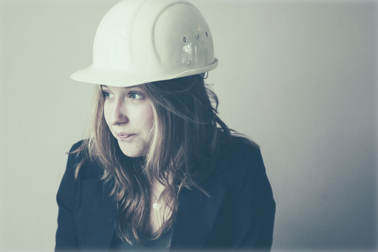 Beautiful stock photos of construction,  18-19 Years,  Construction Industry,  Front View,  Hardhat