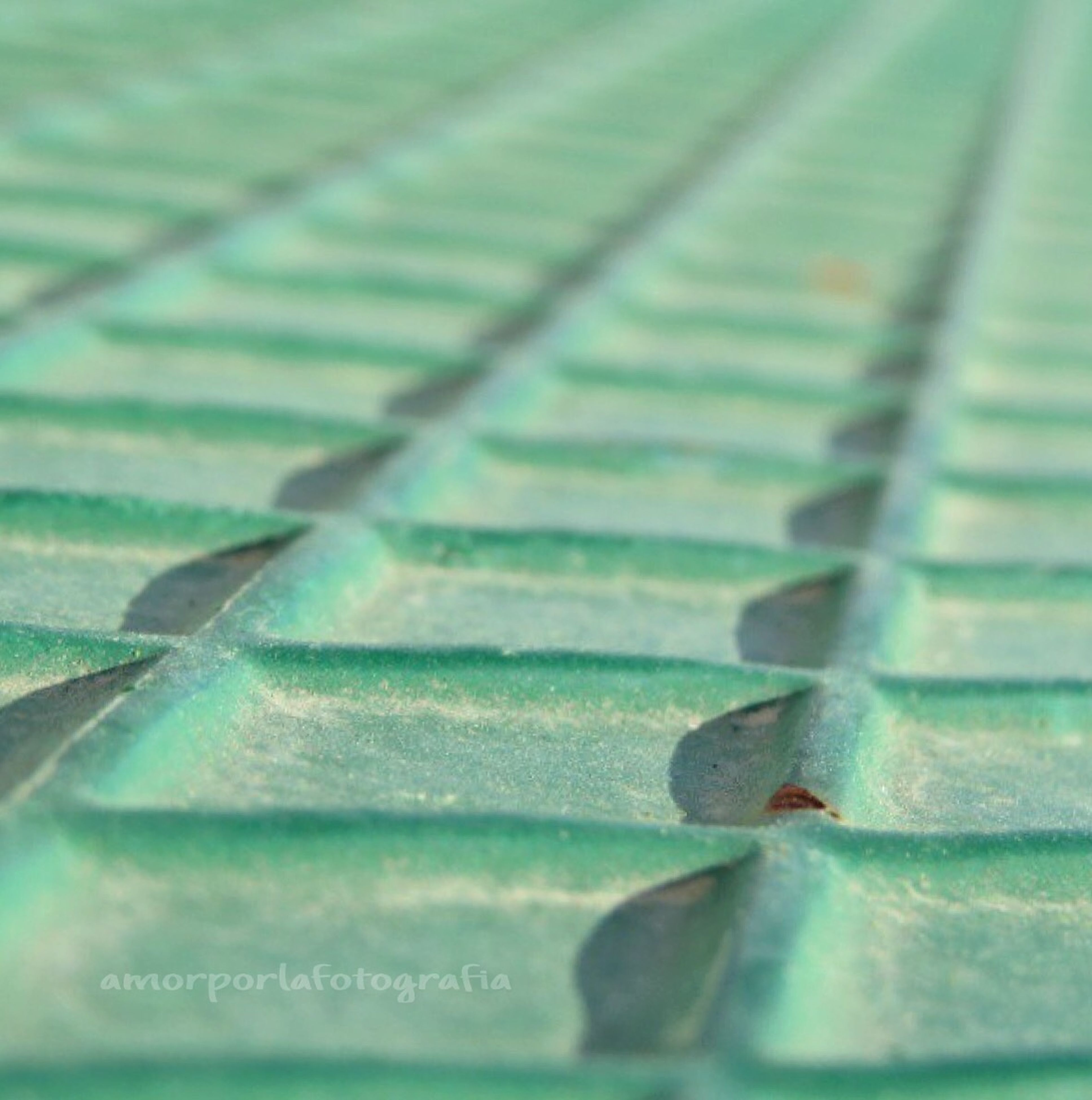close-up, selective focus, green color, metal, focus on foreground, textured, wood - material, metallic, detail, no people, rusty, old, day, outdoors, pattern, full frame, backgrounds, part of, high angle view, weathered