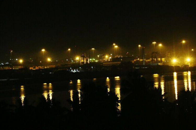 Overnight Success Canon 70d Learning Photography No People Outdoors Majestic Dark Tranquility Tranquil Scene Nature Cochin Sea Waterfront Harbor Night Reflection Water Illuminated Seaporthotel Rooftop View City Life