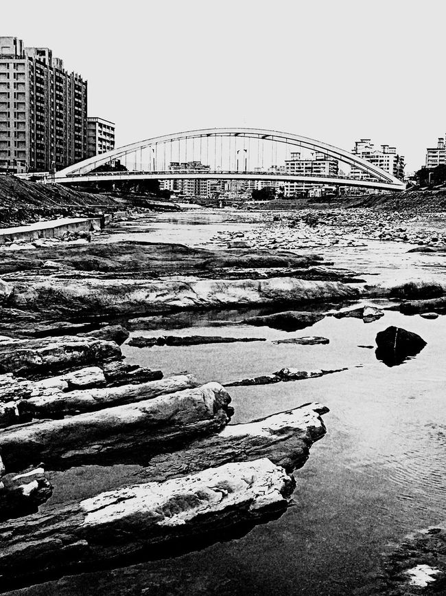 river view。 EyeEm Gallery EyeEm Best Shots - Black + White River River View Beautiful Scenery Nature Photography Naturephotography Image The Tourist Every Thing In Its Place